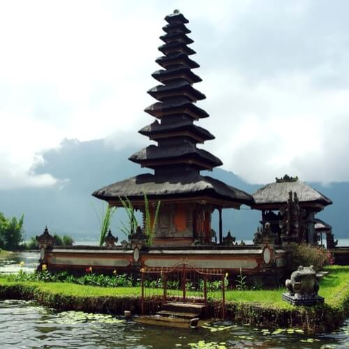 Visit Indonesia on an educational trip with Exchange Me